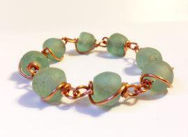 trade-glass-bracelet-2